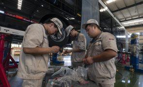 Preços de fábrica registam maior aumento desde 1995