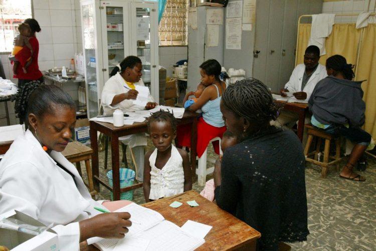 Função pública angolana perdeu mais de 12.000 trabalhadores em 2016