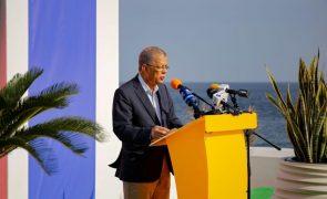 Cabo Verde/Eleições: Carlos Veiga quer ser eleito já no domingo e crítica candidatos de