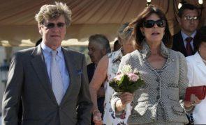 Ernesto de Hannover Apaixonado! Marido de Carolina do Mónaco tem nova namorada