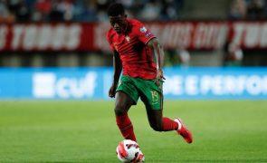 Nuno Mendes é o único futebolista português entre os 20 finalistas do Golden Boy