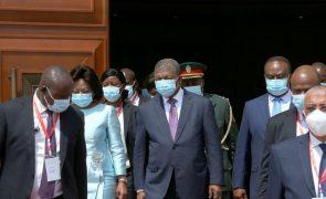 Presidente angolano anuncia