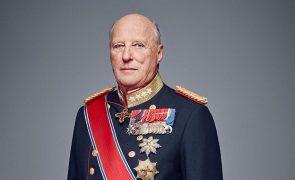 Harald V Rei da Noruega preside abertura do Parlamento após um ano de ausência