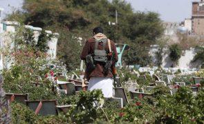 Coligação militar anuncia morte de 160 houthis no seu avanço no Iémen