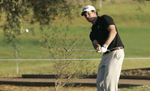 Ricardo Melo Gouveia em sentido ascendente no Emporda Challenge em golfe
