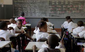 Desabamento da parede de uma escola deixa 11 crianças angolanas feridas na Huíla