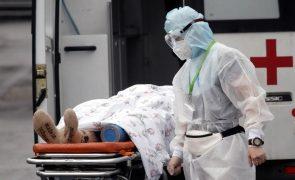 Covid-19: Pandemia fez até hoje 4.910.200 mortos em todo o mundo