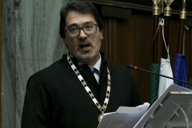 Novo bastonário da Ordem dos Advogados defende redução das custas judiciais