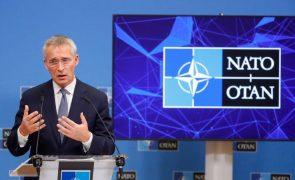Stoltenberg diz que a oferta de diálogo da NATO à Rússia se mantém em aberto