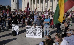 Covid-19: Portais noticiosos lituanos apagam comentários públicos sobre pandemia