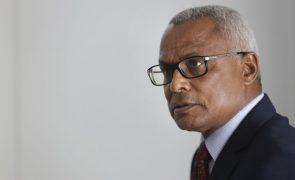 Cabo Verde/Eleições: Presidente eleito promete reunir com candidatos derrotados após tomar posse
