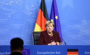 Merkel diz estar preocupada com os desafios que a Europa tem pela frente