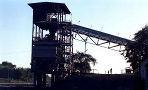 Comboio de carvão descarrila e mata duas crianças no norte de Moçambique