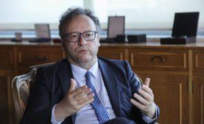 Presidente do CES vai intervir para impedir que patrões suspendam participação na concertação social