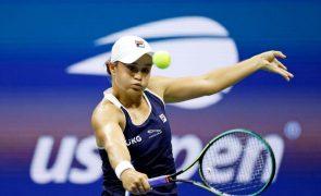 Tenista Ashleigh Barty termina época e falha defesa do título nas WTA Finals