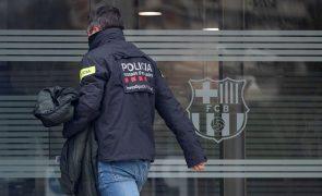 Polícias manifestam-se em Barcelona por mais apoio e despartidarização