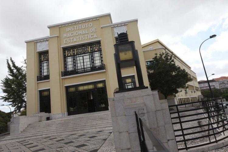 Negócios dos serviços aumentam 7,6% em novembro - INE