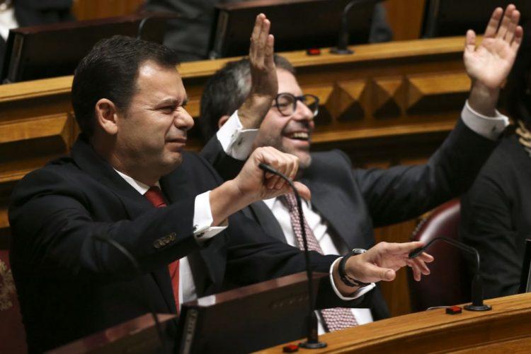 PSD votará contra descida da TSU se esquerda trouxer debate ao parlamento