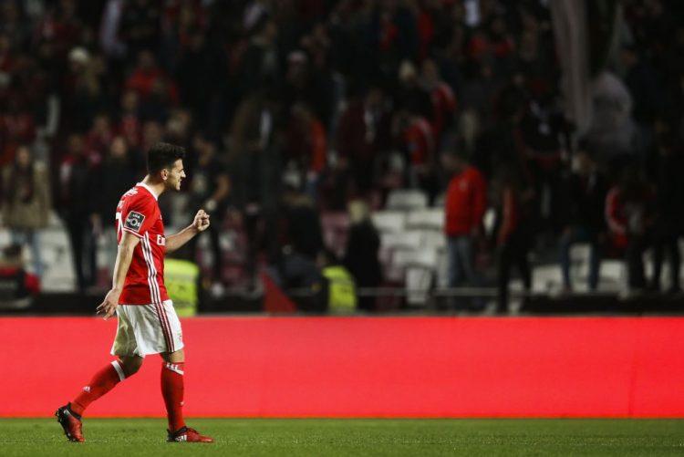 Médio do Benfica Pizzi eleito melhor jogador de dezembro