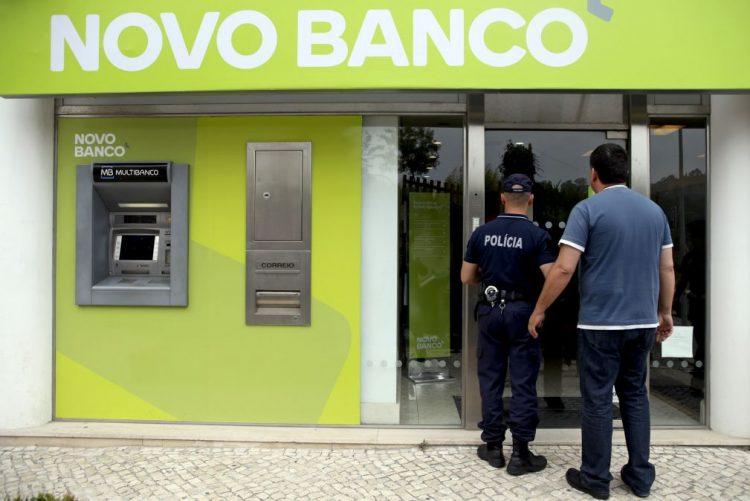 Novo Banco: PS sem posição dogmática, CDS contra