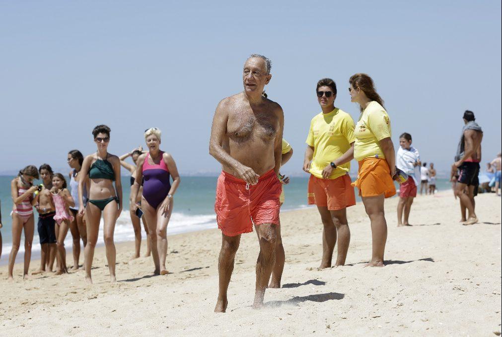 EXCLUSIVO: Veja as primeiras imagens das férias do presidente Marcelo