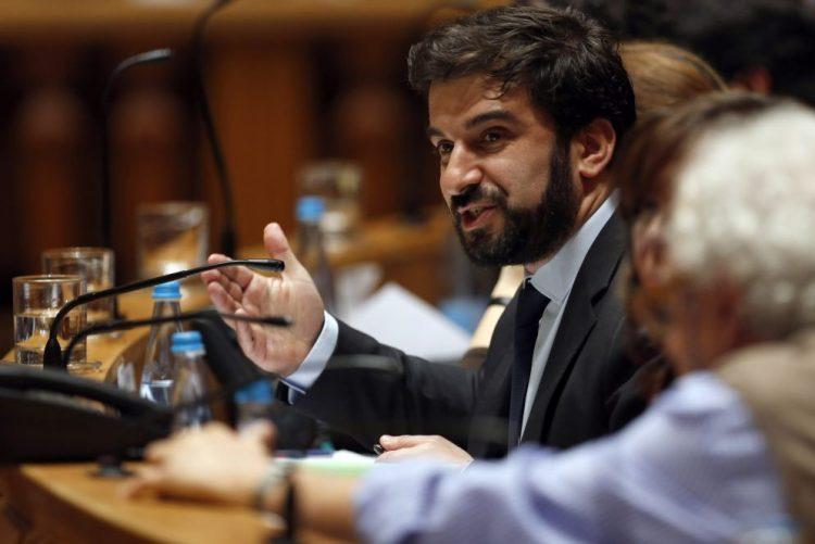 Sindicatos pedem negociação suplementar ao Ministério da Educação