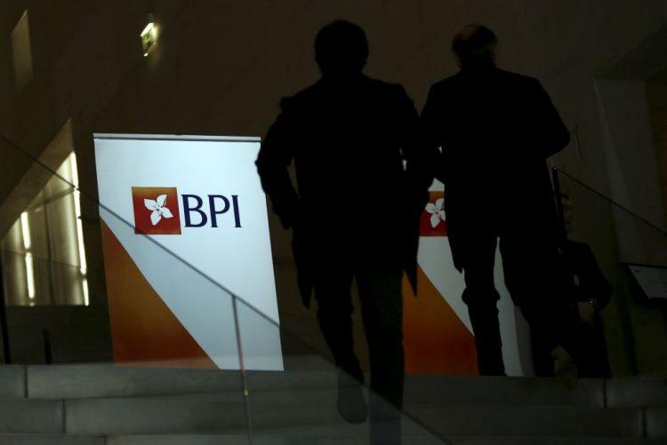 Pequenos investidores do BPI pedem impugnação da decisão de venda do Banco Fomento de Angola