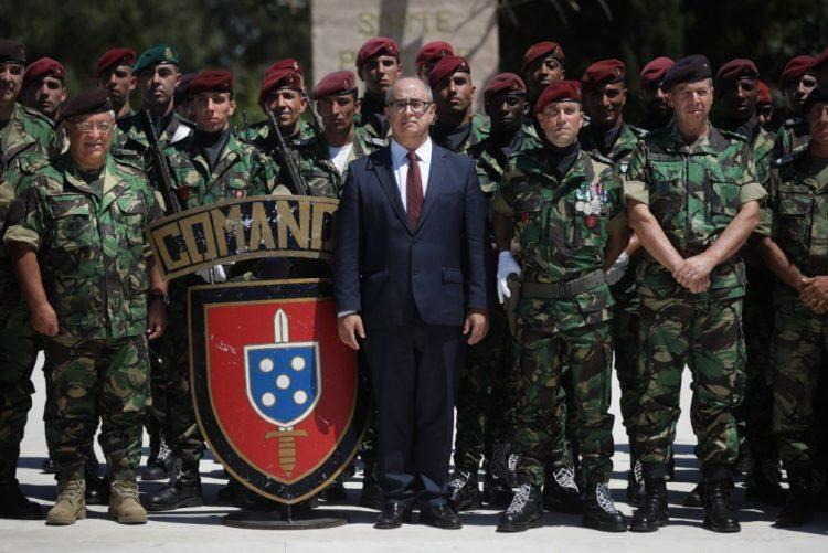 51be9a2f5f694 Ministro considera que formação segura nos comandos manteve tropa especial  exigente