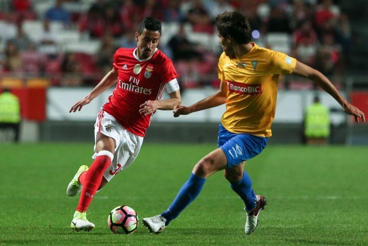 Benfica renova com André Almeida duas épocas até 2021