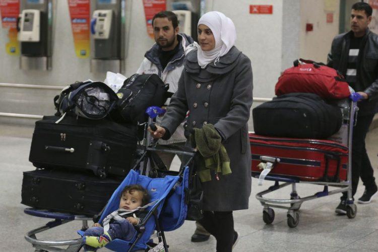 Portugal é o país com maior abertura ao acolhimento de refugiados- Estudo europeu