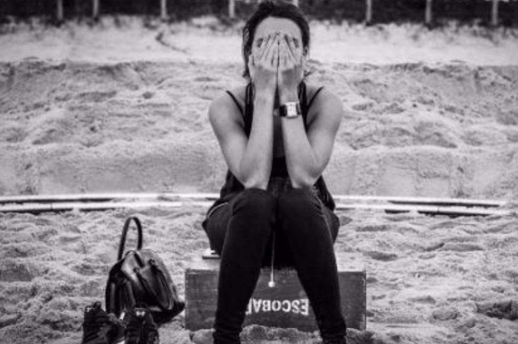 Atriz brasileira assume bissexualidade e apresenta a namorada