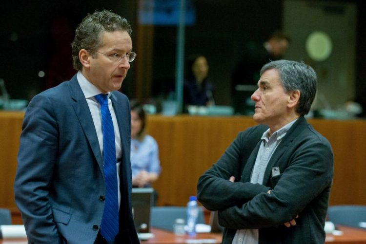 União Europeia aprova medidas de combate ao branqueamento de capitais